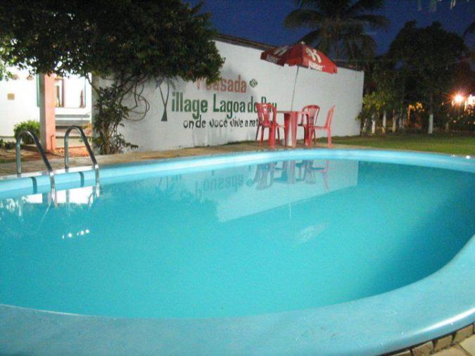 pousada_piscina_noite